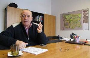 În biroul lui Sorin Gabrea, proiectul complexului Băneasa este etalat ca o carte de vizită sui-generis