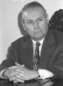 Mihail Ianăș în perioada când conducea ANRM și a semnat licența pentru Roșia Montană
