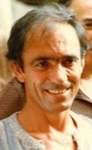 Gianfranco Montipo, fotografiat în 1982, pe șantier, în timpul unei acțiuni de restaurare desfășurate în orașul Novara. Sursa: montipo.it
