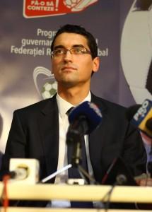 Președintele Burleanu centrează, afaceristul Burleanu marchează/foto RISE Project