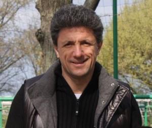 Gică Popescu a trecut de la statutul de fotbalist îndrăgit la cel de om de afaceri controversat/foto:wikipedia.ro