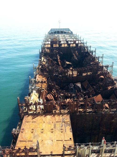 Magaziile avariate ale navei Flaminia, aflată în reparații la șantierul Daewoo Mangalia foto: evz.ro