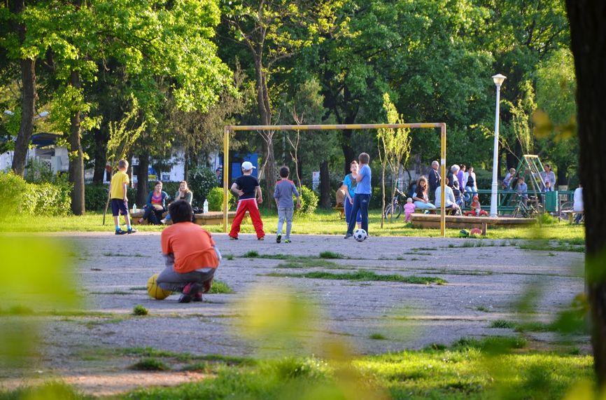 Parcul din Ploiești pe care Burleanu a fost pe punctul de a și-l însuși, pe o perioadă de 49 de ani