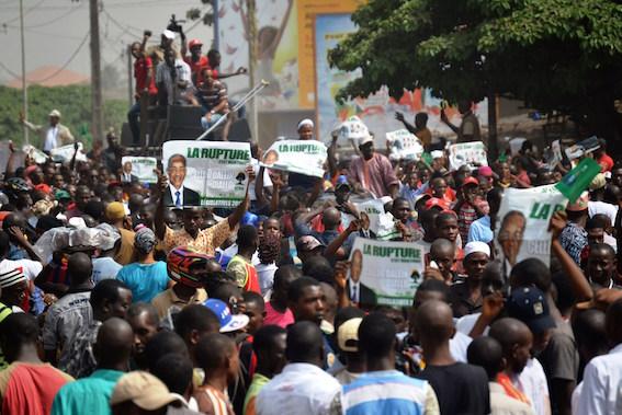 Republica Guinea dispune de resurse minerale imense în jurul cărora se fac jocuri murdare care provoacă instabilitate politică. AFP PHOTO/BINANI