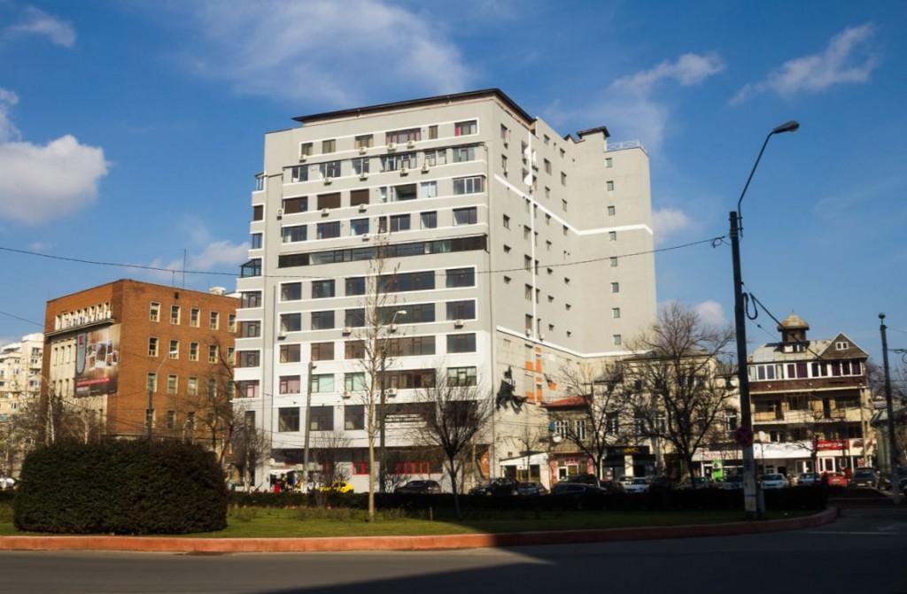 Clădirea ridicată la adresa: Calea Dudești 94