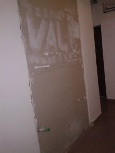 Liftul blocului de la General Radovici nr. 16 nu a mai fost instalat vreodată