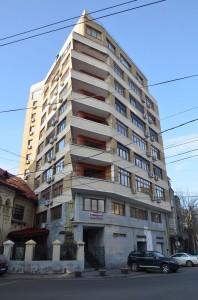 Blocul ridicat la adresa strada Toamnei nr. 15