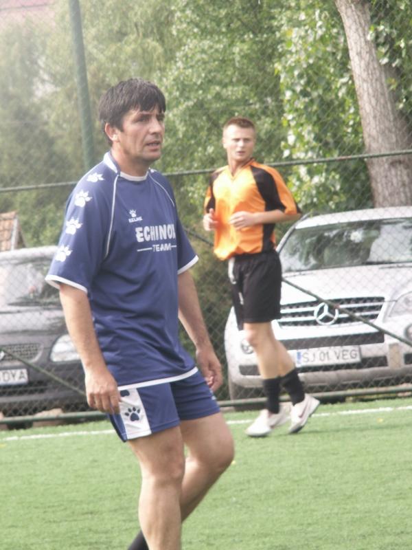 Florin Mândruțiu juca fotbal pe terenurile lui Onicaș, atunci când a făcut joc de glezne la licitația organizată de CJ Sălaj / FOTO: sportulsalajean.ro