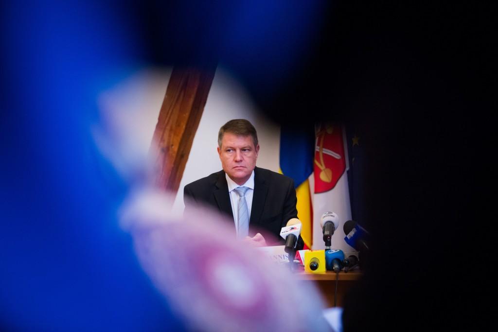 Cum a apărat Klaus Iohannis interesele statului român în procesul în care interesele statului erau contrare intereselor lui personale? FOTO: Ovidiu Dumitru Matiu/Mediafax.