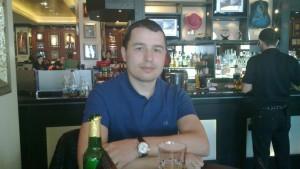Moldoveanul Vasile Efros susține că este încă implicat în afacerea clubului Bordello's. Sursa: Facebook.