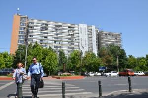 În 2004, la patru luni distanță după ce își cumpărase o garsonieră, Turcescu și-a mai luat una, într-un bloc din Titan.
