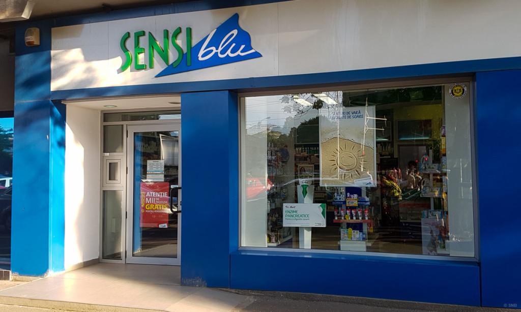 Una dintre cele aproape 500 de farmacii Sensiblu