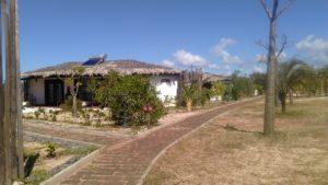 Unul din cele 16 bungalouri de pe domeniul Mantasaly. Foto: Riana Randrianarisoa