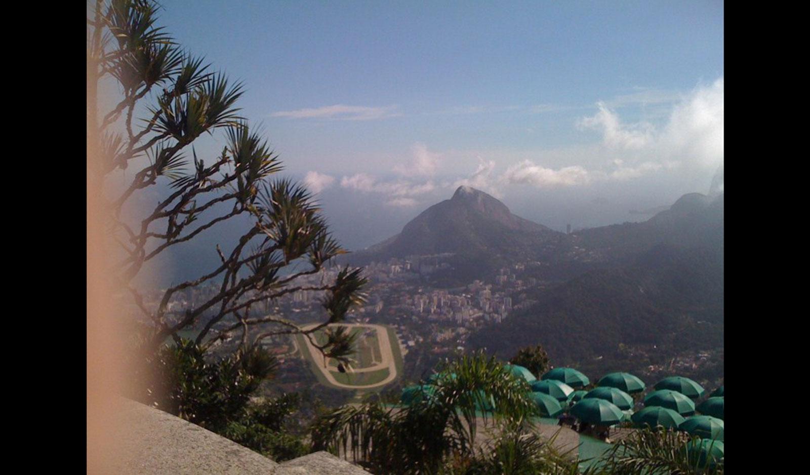 IMG_0351galerie_brazilia_tableta