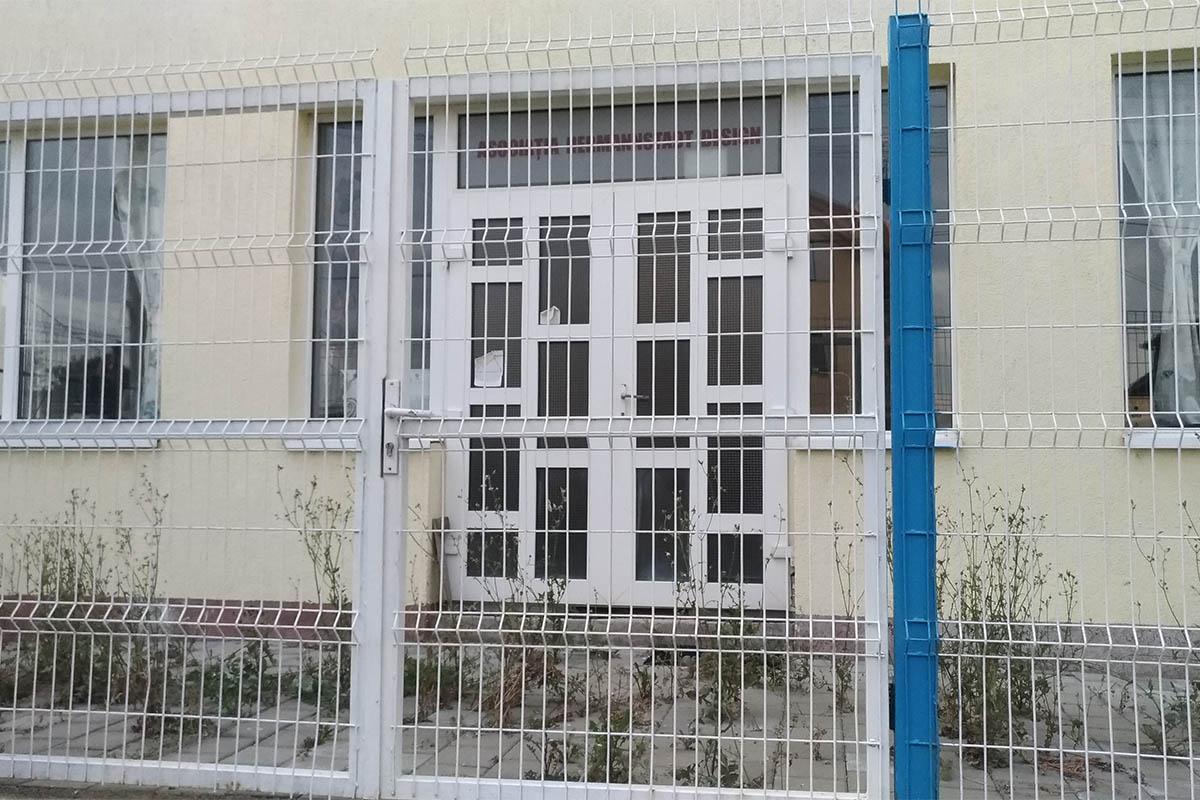 Ușile asociației Hermannstadt Design din Șura Mare, Sibiu sunt închise de multă vreme.