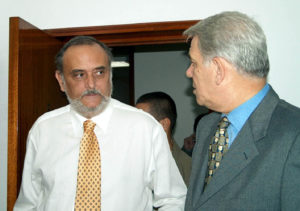 Dinu Patriciu i-a oferit lui Teodor Meleșcanu (dreapta) postul de membru în consiliul de administrație al Rompetrol, când au devenit colegi în PNL. FOTO: Mediafax